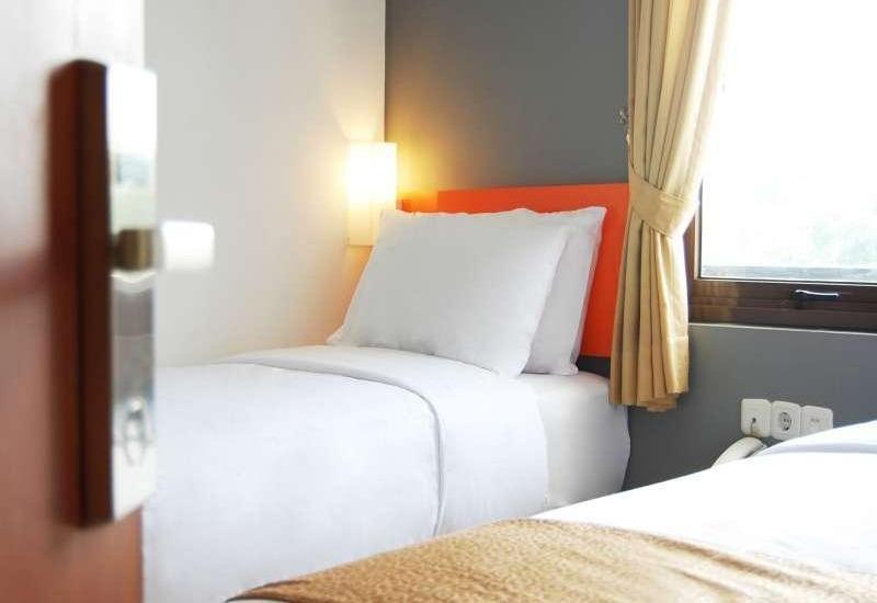 Hotel Nine O Syariah Cikarang by IHM Bekasi - Express Room