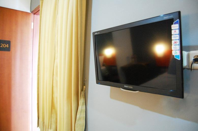 Hotel Nine O Syariah Cikarang by IHM Bekasi - TV