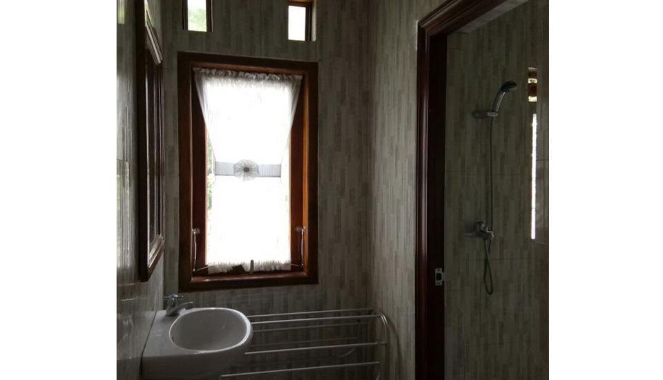 HTM Guesthouse Bromo Probolinggo - Bathroom