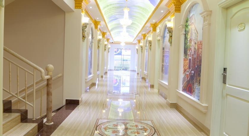 Hotel Grand Town  Makassar - Koridor