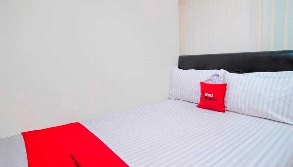 RedDoorz @Salemba Raya Jakarta - Reddoorz Room Regular Plan