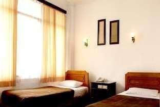 Hotel Ambun Suri  Bukittinggi - Standart Twin Bed Fan Regular Plan