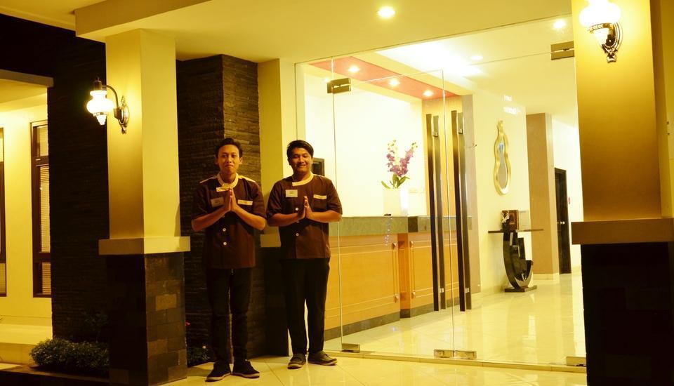 Hotel Orchid Wonosari - Receptinist 24 jam