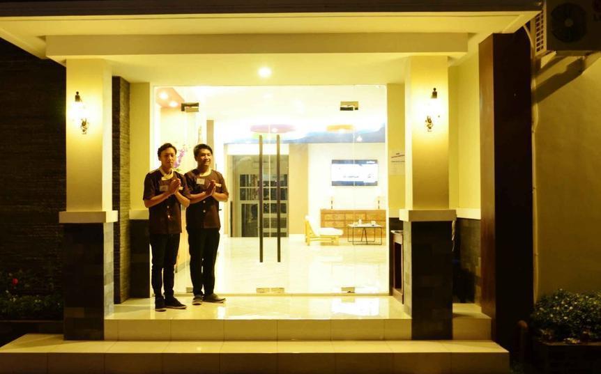 Hotel Orchid Wonosari - Resepsionis 24 jam