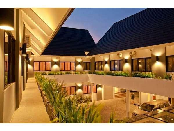 Maesa Hotel Ponorogo - Maesa Hotel adalah hotel butik di kota Ponorogo. Melayani Anda dengan senang hati.