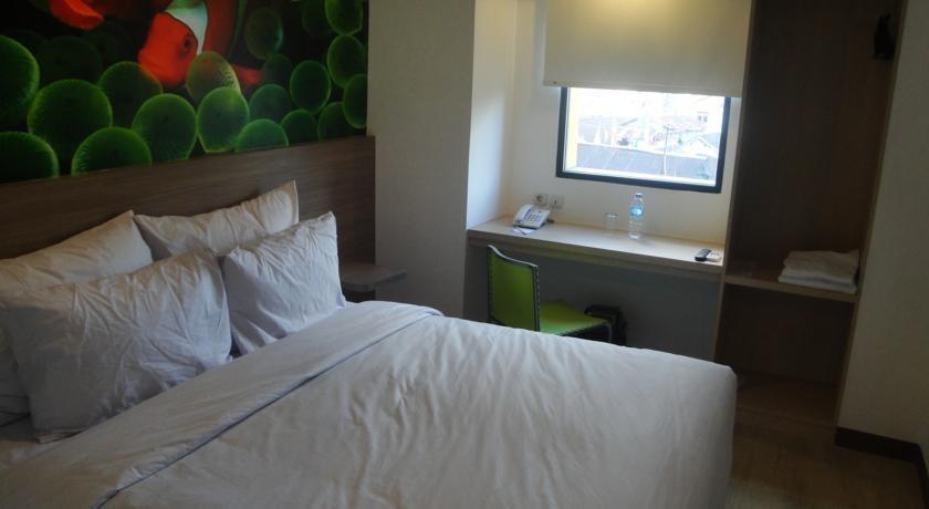 Top Hotel Manado - Kamar