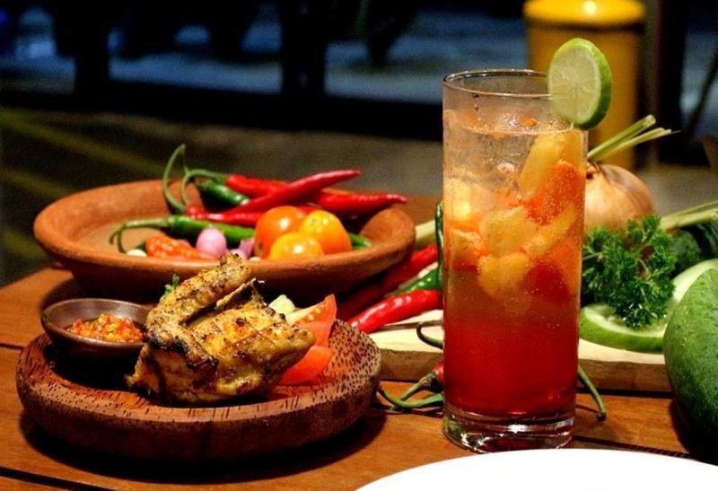 Artz Hotel Palangkaraya - Makanan