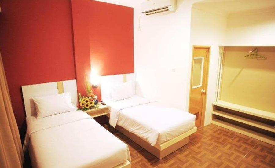 Bless Hotel Palembang - Deluxe Room Regular Plan