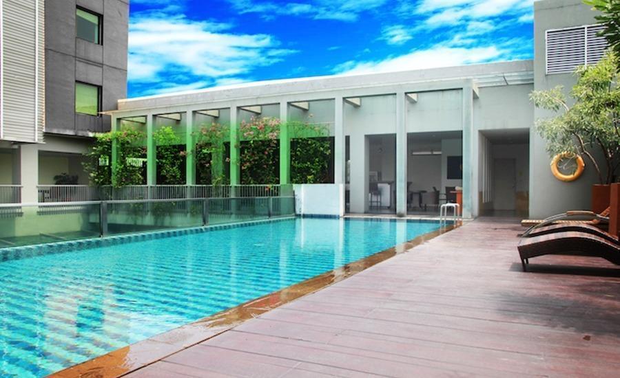 Tinggal Premium at Mangga Besar Raya Jakarta - Kolam Renang