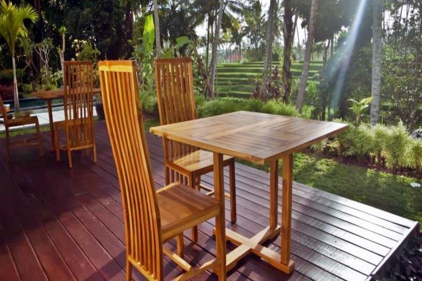 Junjungan Suite Villa Bali - Teras
