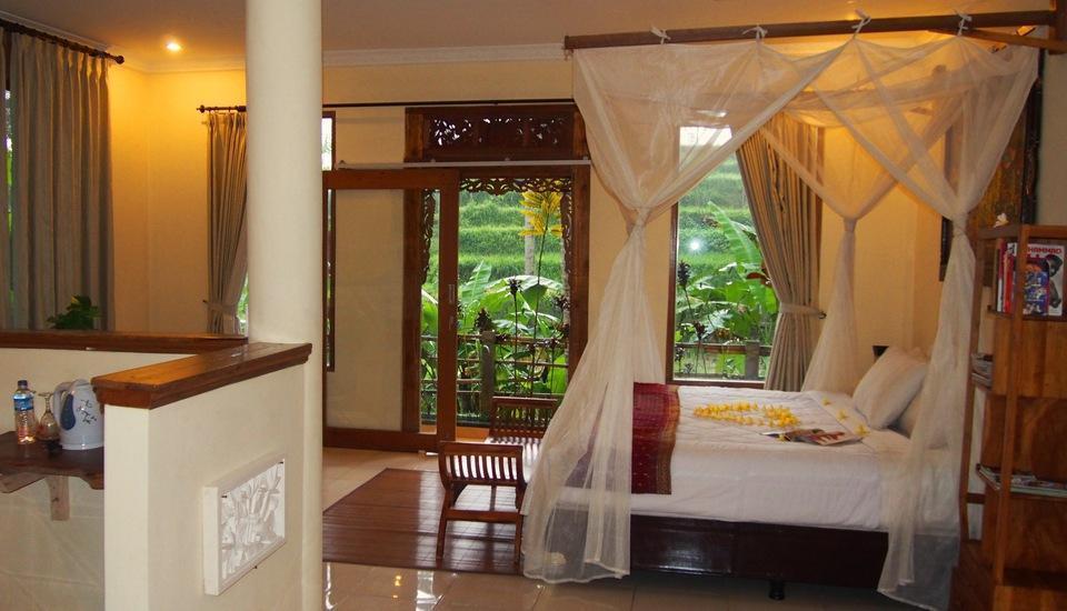 Junjungan Suite Villa Bali - Bedroom.