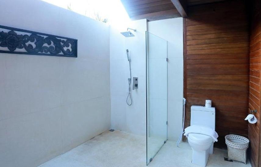Pandawa Beach Villas & Resort Lombok - Kamar mandi