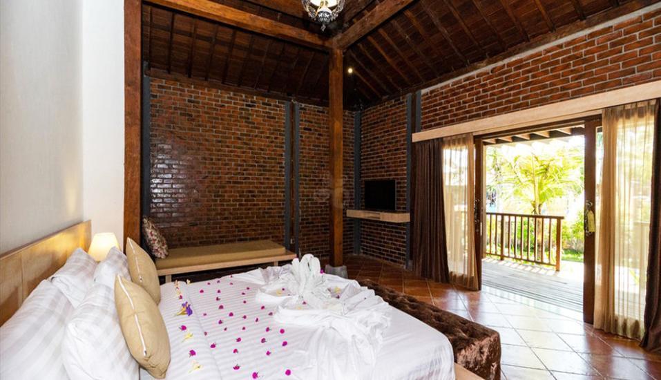 Pandawa Beach Villas & Resort Lombok - Joglo Room