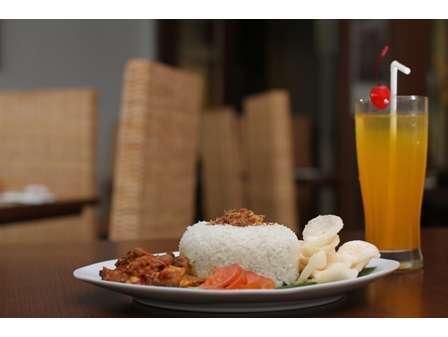 Hotel Dalu Semarang - Menu Makan Siang