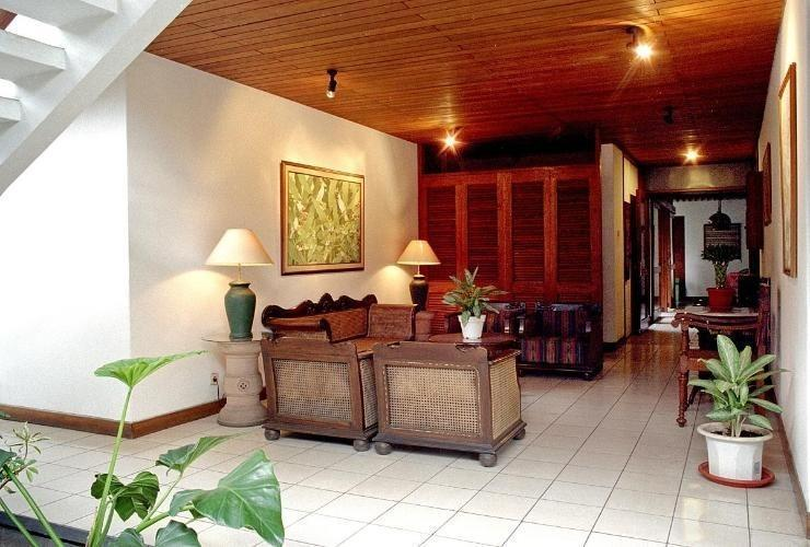 Hotel Bumi Asih Gedung Sate Bandung - Lobby