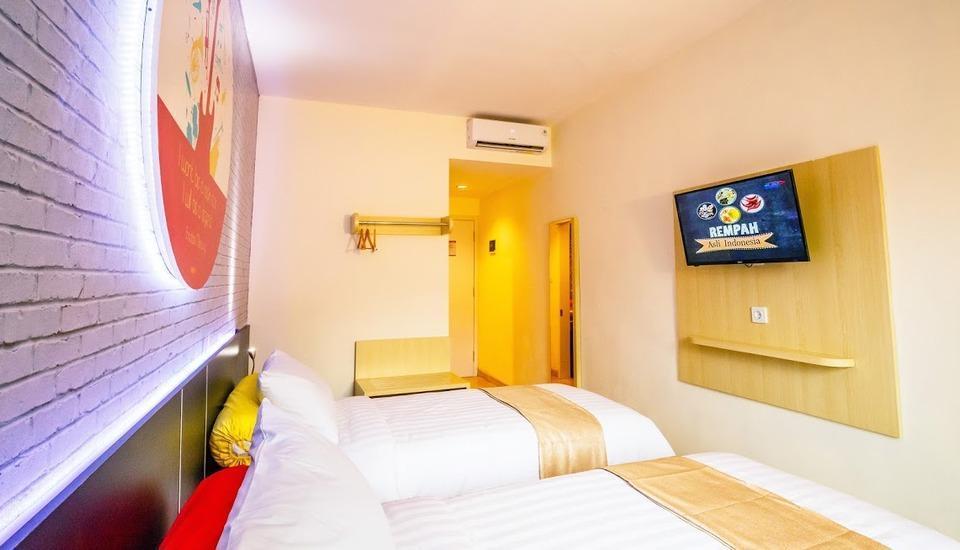 Front One Inn Muntilan Magelang - Twin Room