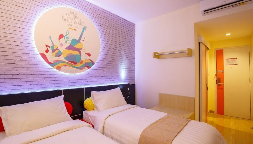 Front One Inn Muntilan Magelang - Twin Room