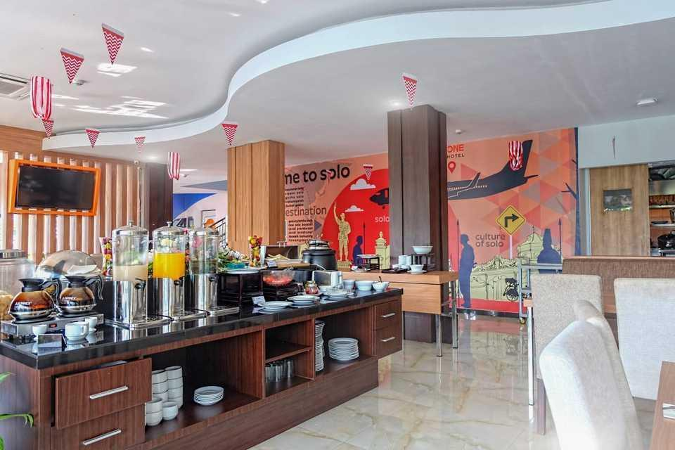 Front One Hotel Airport Solo Solo - MAKAN PAGI