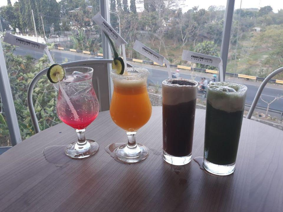 Front One Hotel Airport Solo Solo - MINUMAN