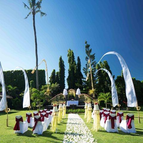 White Rose Kuta - Dekorasi Pernikahan