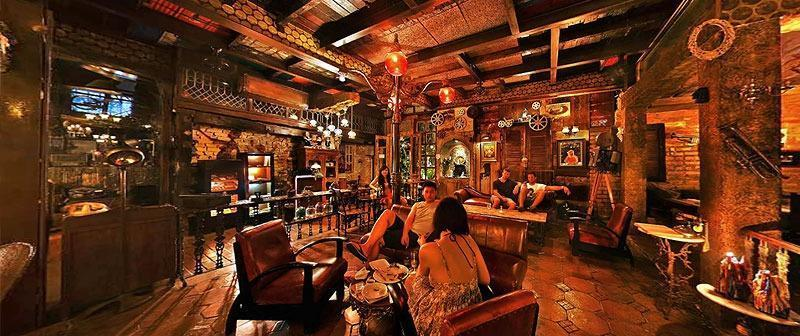 RedDoorz @Raya Kerobokan 2 Bali - LA FAVELA