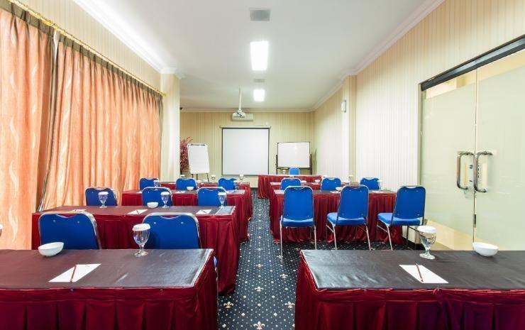 Seroja Hotel Balikpapan - Meeting Room