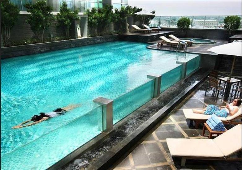 Cambridge Hotel Medan Medan - Pool