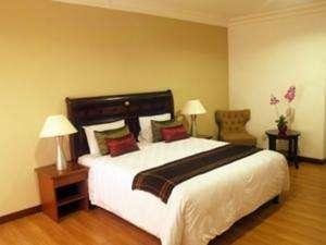 Bumi Ciherang Hotel Cianjur - Deluxe Room Only Regular Plan