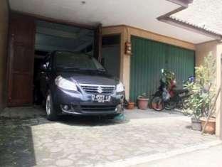 Dago Golf Guest House Bandung -