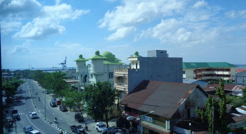 Grand Taufiq Hotel Tarakan - view
