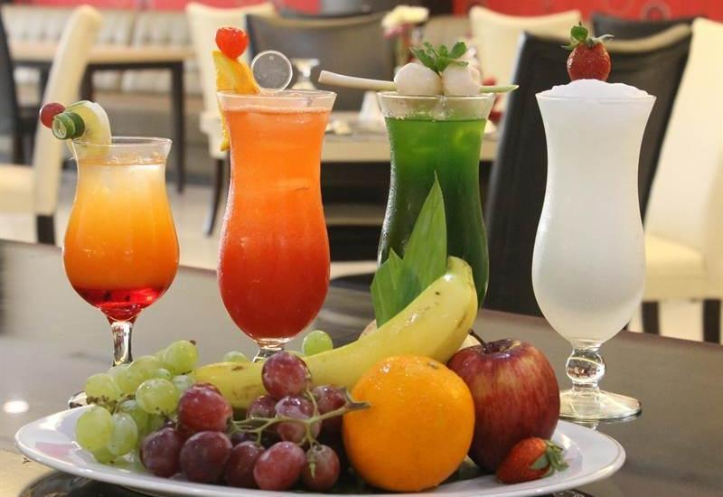 Move Megaland Hotel Solo - Makanan dan minuman