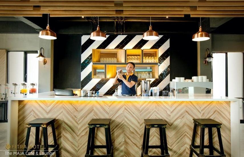 FITRA Hotel Majalengka Majalengka - Cafe