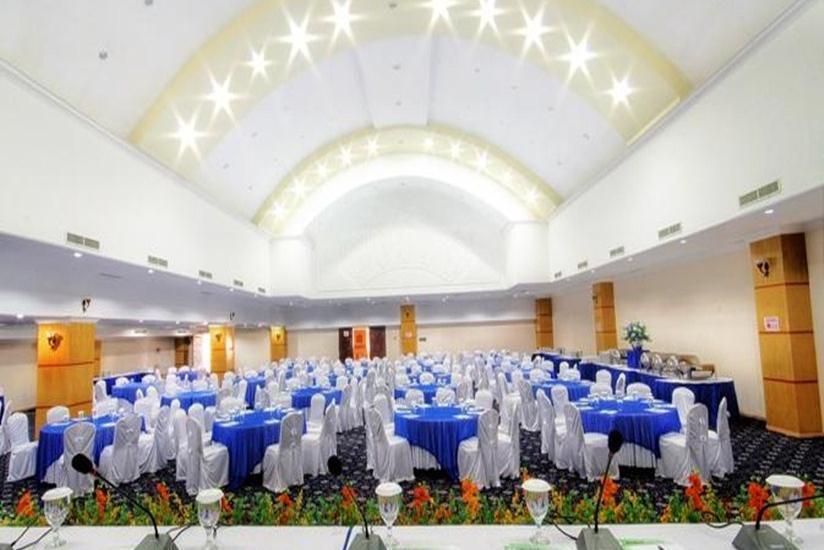 Hotel Madani Syariah Medan - Ruang Meeting