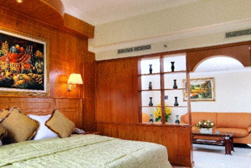 Hotel Madani Syariah Medan - Kamar Eksekutif Suite