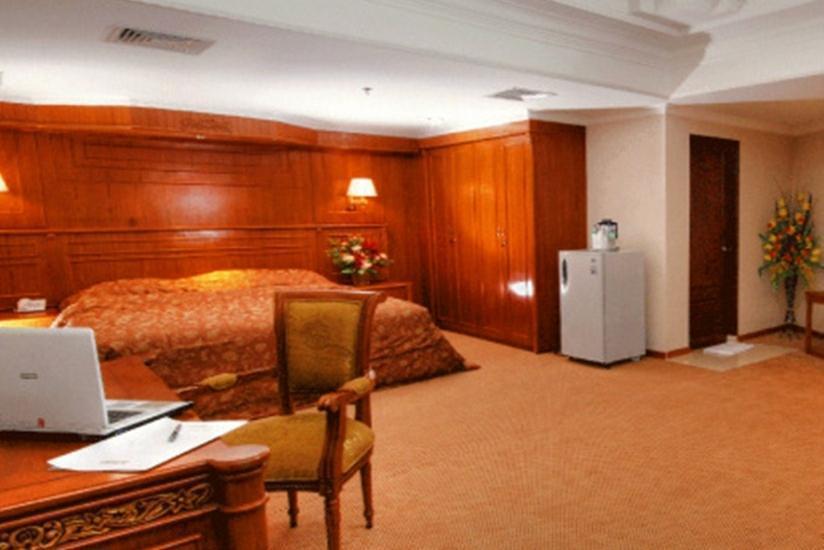Hotel Madani Syariah Medan - Kamar Royal Suite