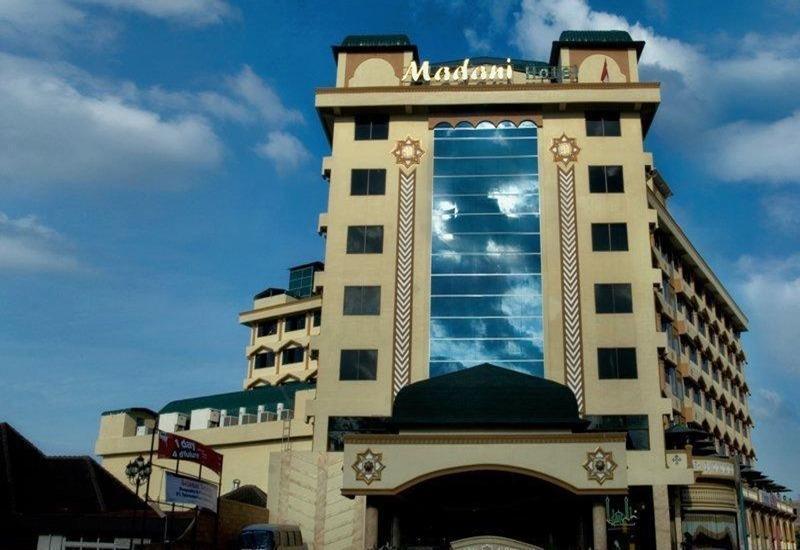Hotel Madani Syariah Medan - Eksterior