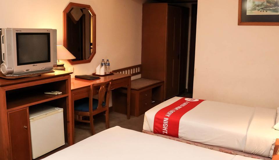 NIDA Rooms Jakarta Kramat Raya - Kamar tamu