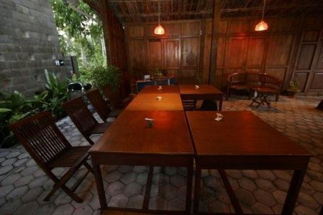 The Riverside Jogja Hotel Yogyakarta - Teras
