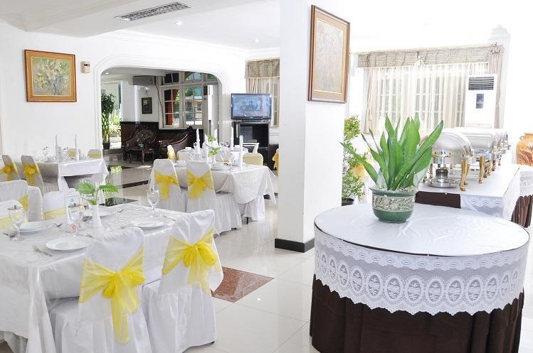 Hotel Tanjung  Surabaya - Restaurant