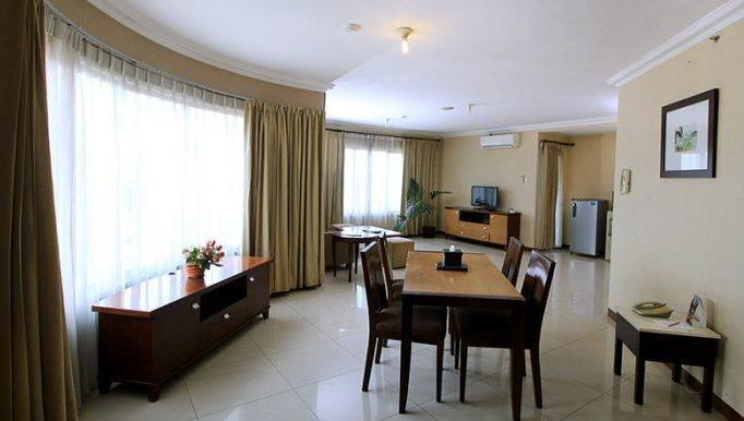 Grand Setiabudhi Bandung - Grand Suite With Breakfast Regular Plan