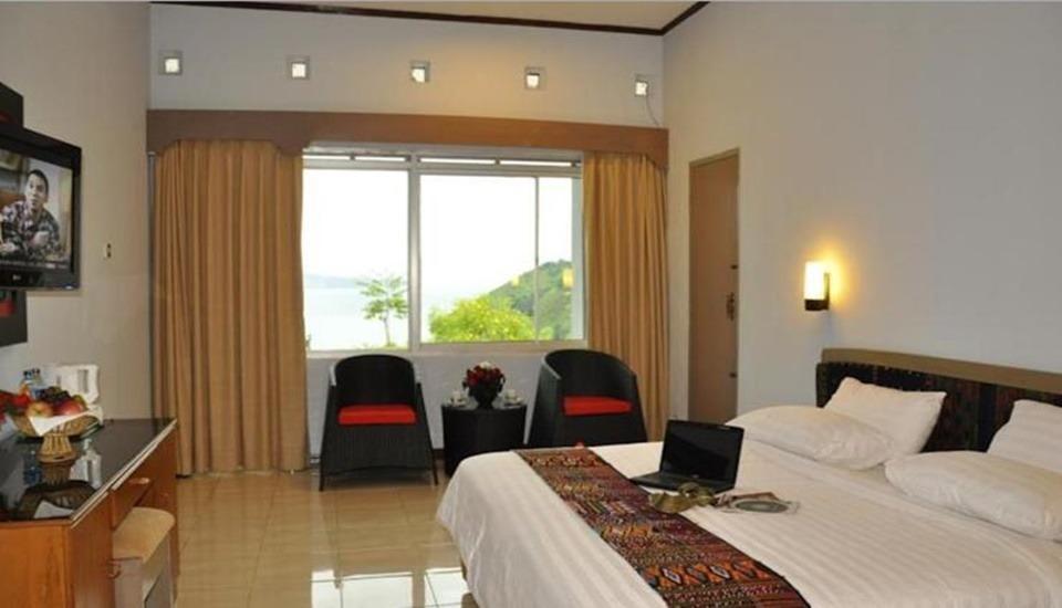 Hotel Patra Comfort Parapat Parapat - Room
