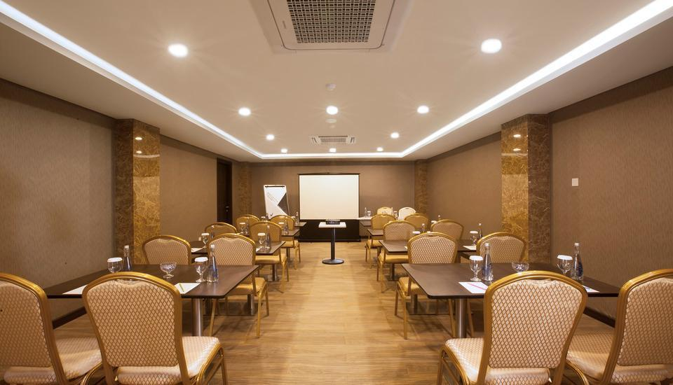 Verse Lite Hotel Pembangunan Jakarta - Meeting room