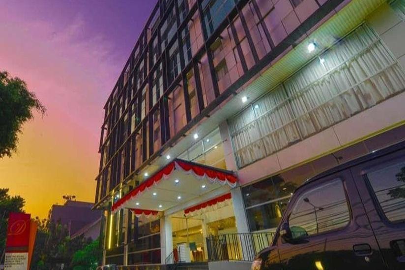 D' Hotel Jakarta - Tampilan Luar Hotel
