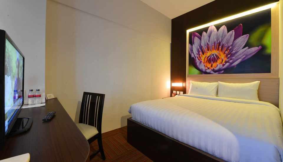 D' Hotel Jakarta - Divine Executive Room Regular Plan