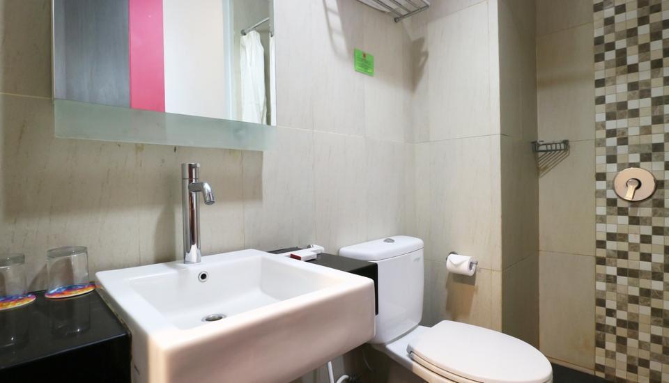 D' Hotel Jakarta - Delight Bathroom