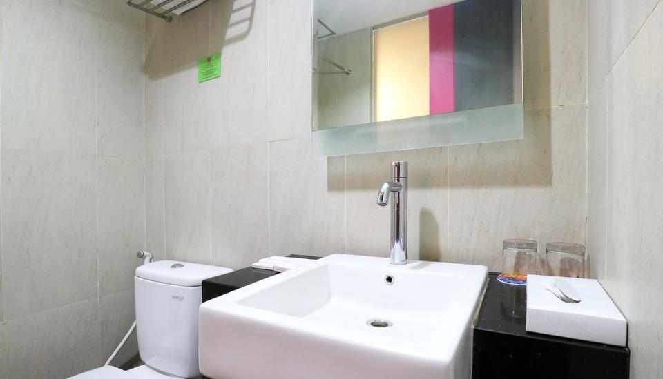 D' Hotel Jakarta - Divine Bathroom
