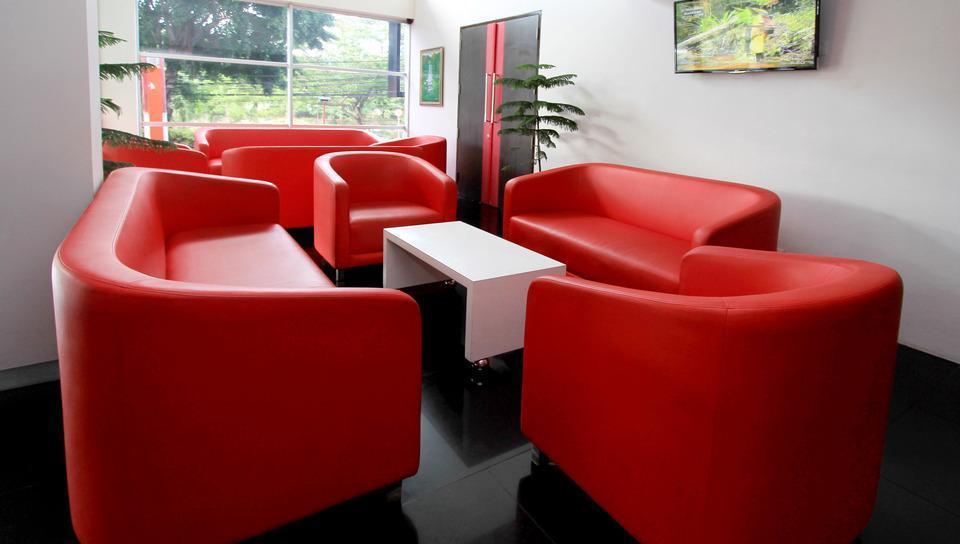 D' Hotel Jakarta - Lobby Lounge