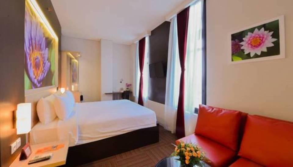 D' Hotel Jakarta - 13