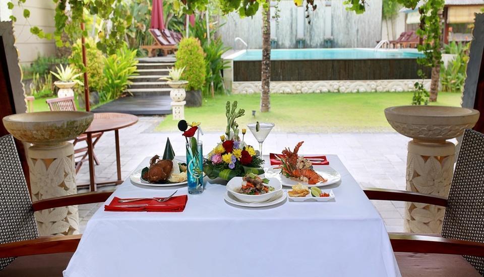 Lumbini Luxury Villas and Spa Bali - Makan Siang di Restoran
