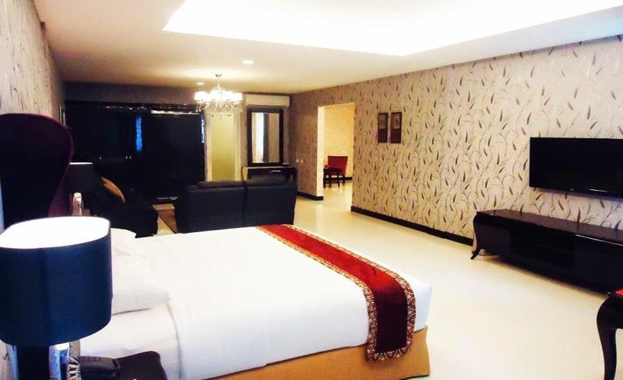 Hotel Grand Fatma Tenggarong - Suite Room Regular Plan